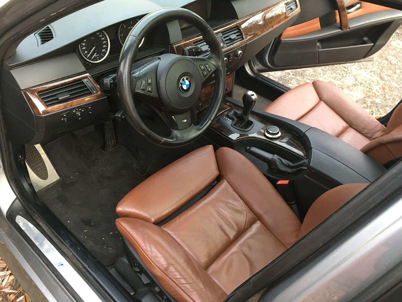 BMW alkatrészek - BMW E61 530XD-2 - Ülés, kárpit, kormány - Carbon Car Center Kft. Békéscsaba 003