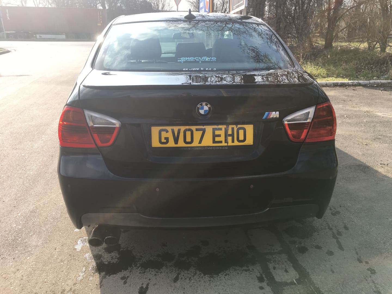 BMW alkatrészek - BMW E90 320D OL - Carbon Car Center Kft. Békéscsaba 007