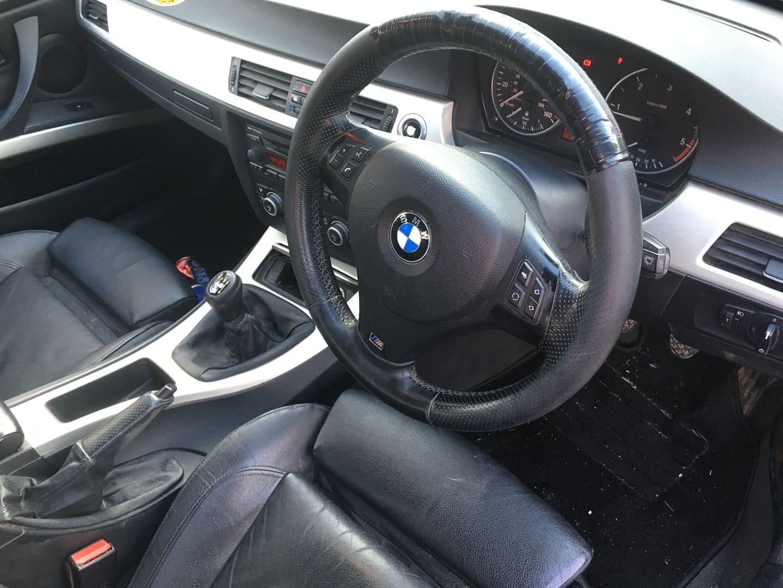 BMW alkatrészek - BMW E61 530XD-2 - Kormány - Carbon Car Center Kft. Békéscsaba 014