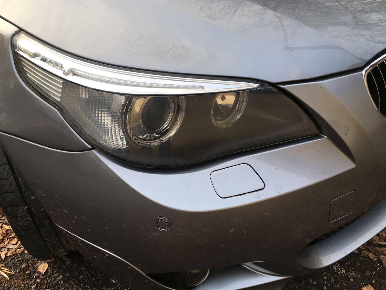 BMW alkatrészek - BMW E61 530XD-2 - Jobb első lámpa - Carbon Car Center Kft. Békéscsaba 016
