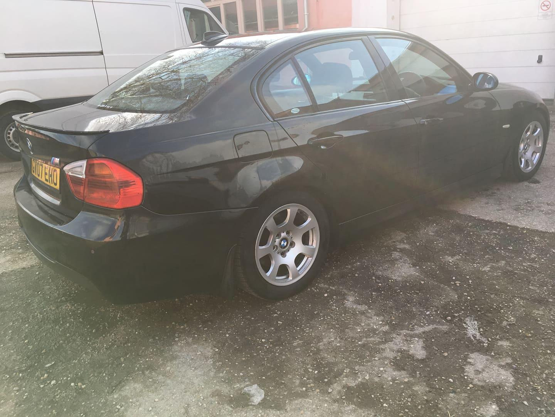 BMW alkatrészek - BMW E90 320D OL - Carbon Car Center Kft. Békéscsaba 020