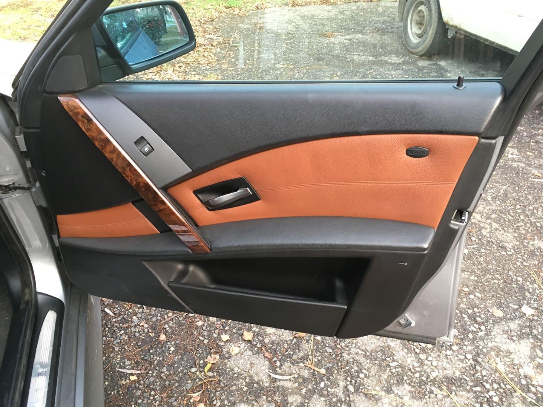 BMW alkatrészek - BMW E61 530XD-2 - Jobb első ajtó - Carbon Car Center Kft. Békéscsaba 019