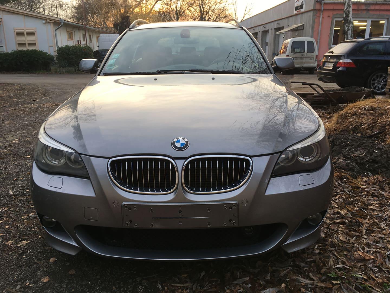 BMW alkatrészek - BMW E61 530XD-2 - Motorháztető - Carbon Car Center Kft. Békéscsaba 020