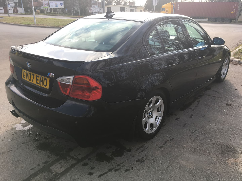 BMW alkatrészek - BMW E90 320D OL - Carbon Car Center Kft. Békéscsaba 026