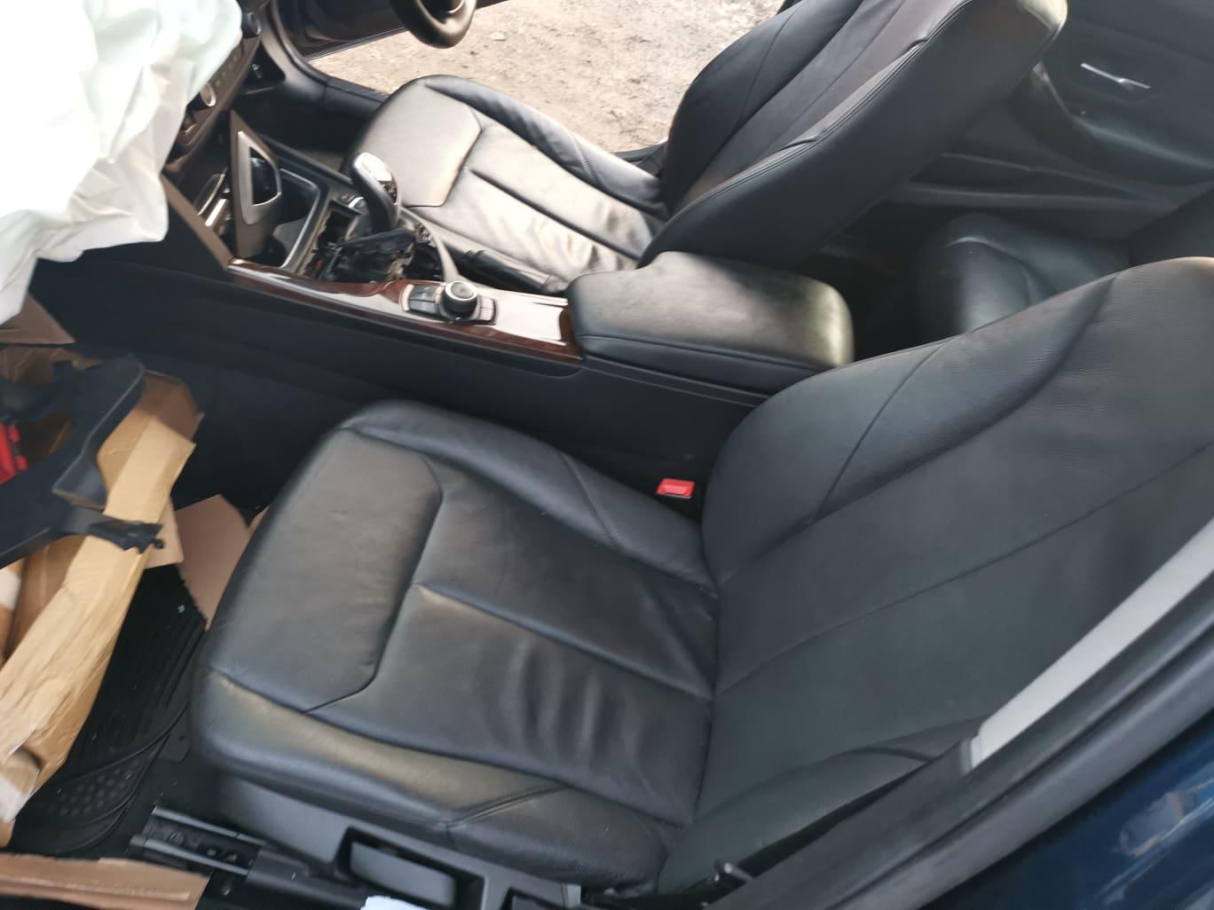 BMW alkatrészek - BMW F30 320D - Ülés, kárpit - Carbon Car Center Kft. Békéscsaba 021