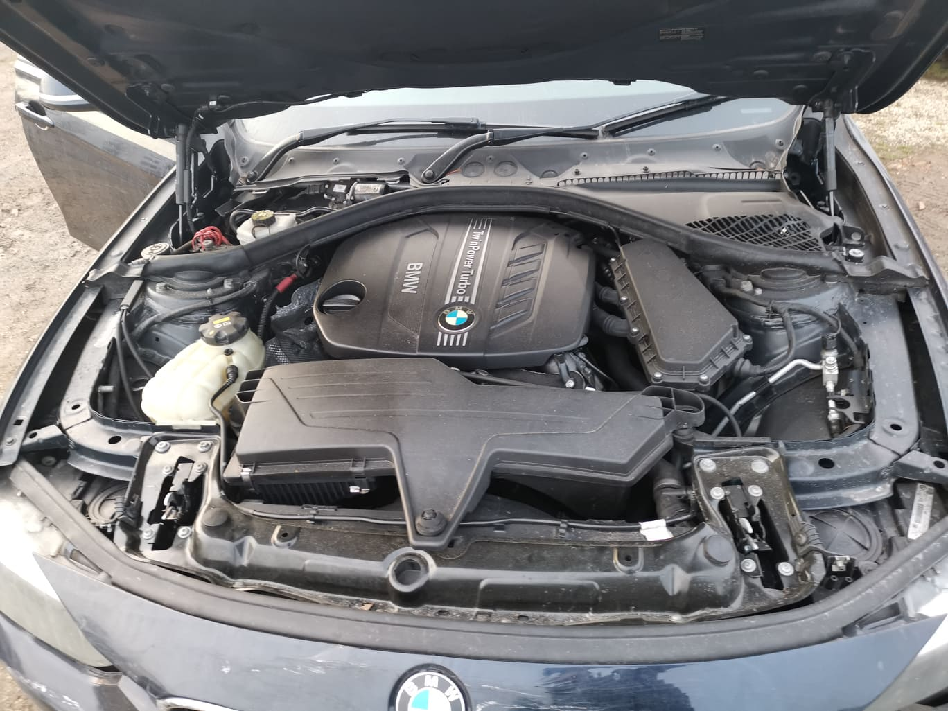 BMW alkatrészek - BMW F30 320D - Motor - Carbon Car Center Kft. Békéscsaba 022
