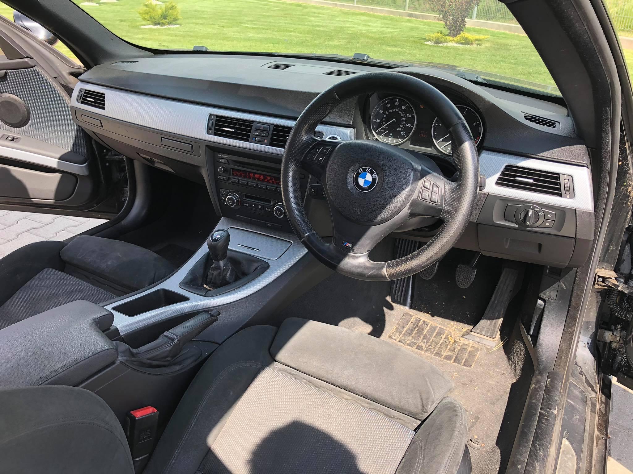 BMW-E92-320d-coupe-alkatrészek-Carbon-Car-Center-18