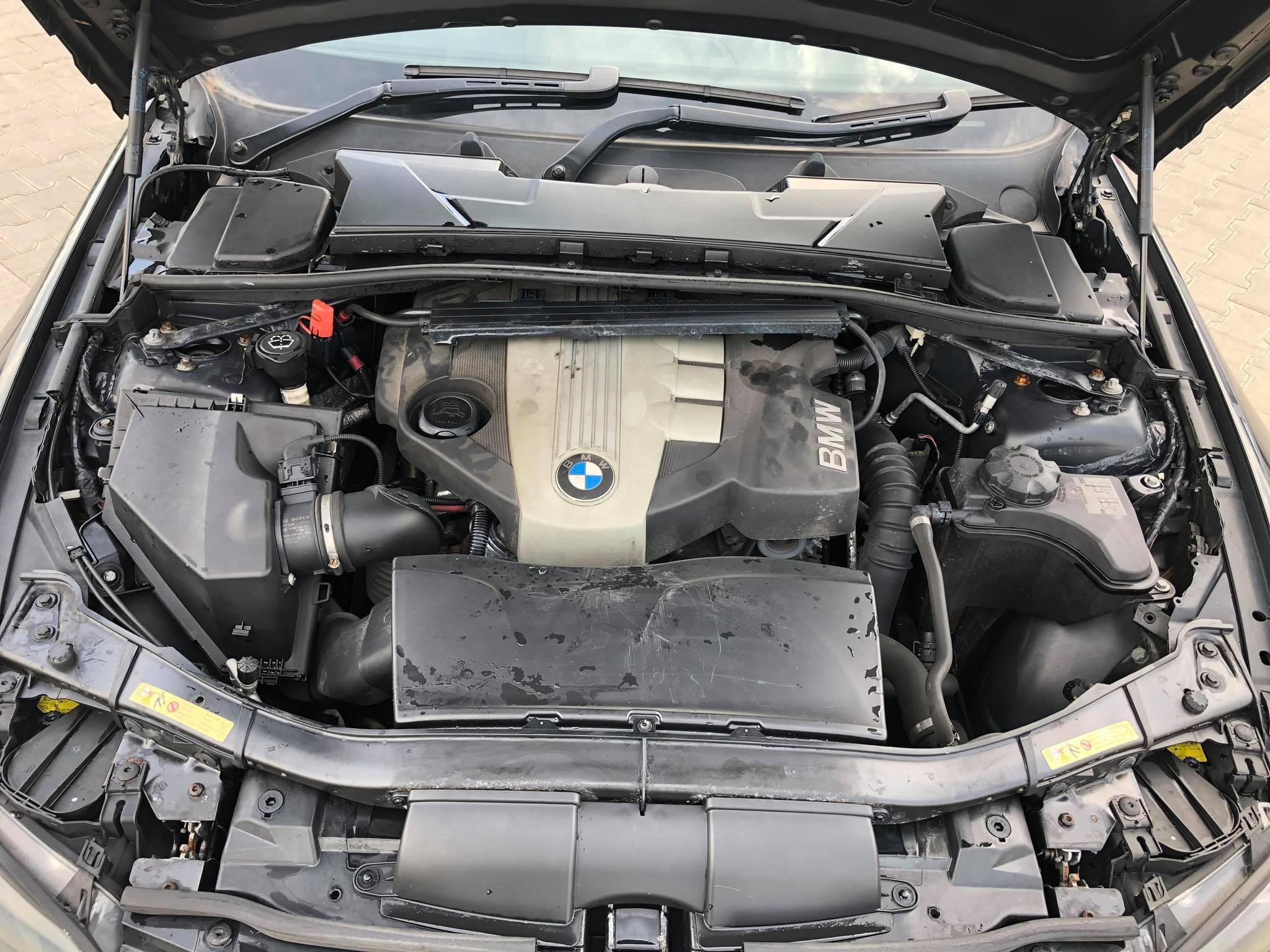 BMW-E92-320d-coupe-alkatrészek-Carbon-Car-Center-26