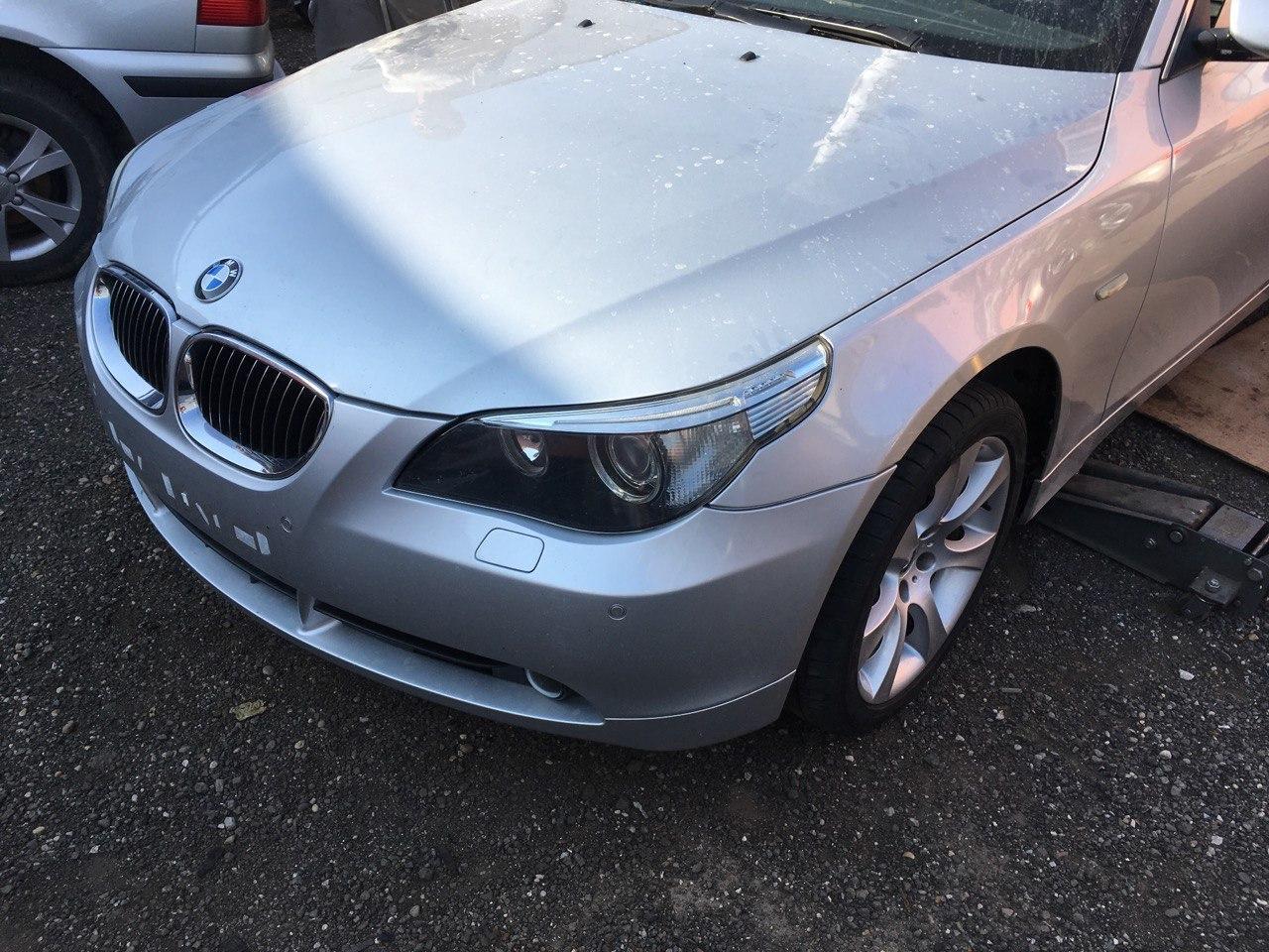 BMW E61 530D Carbon Car Center 3