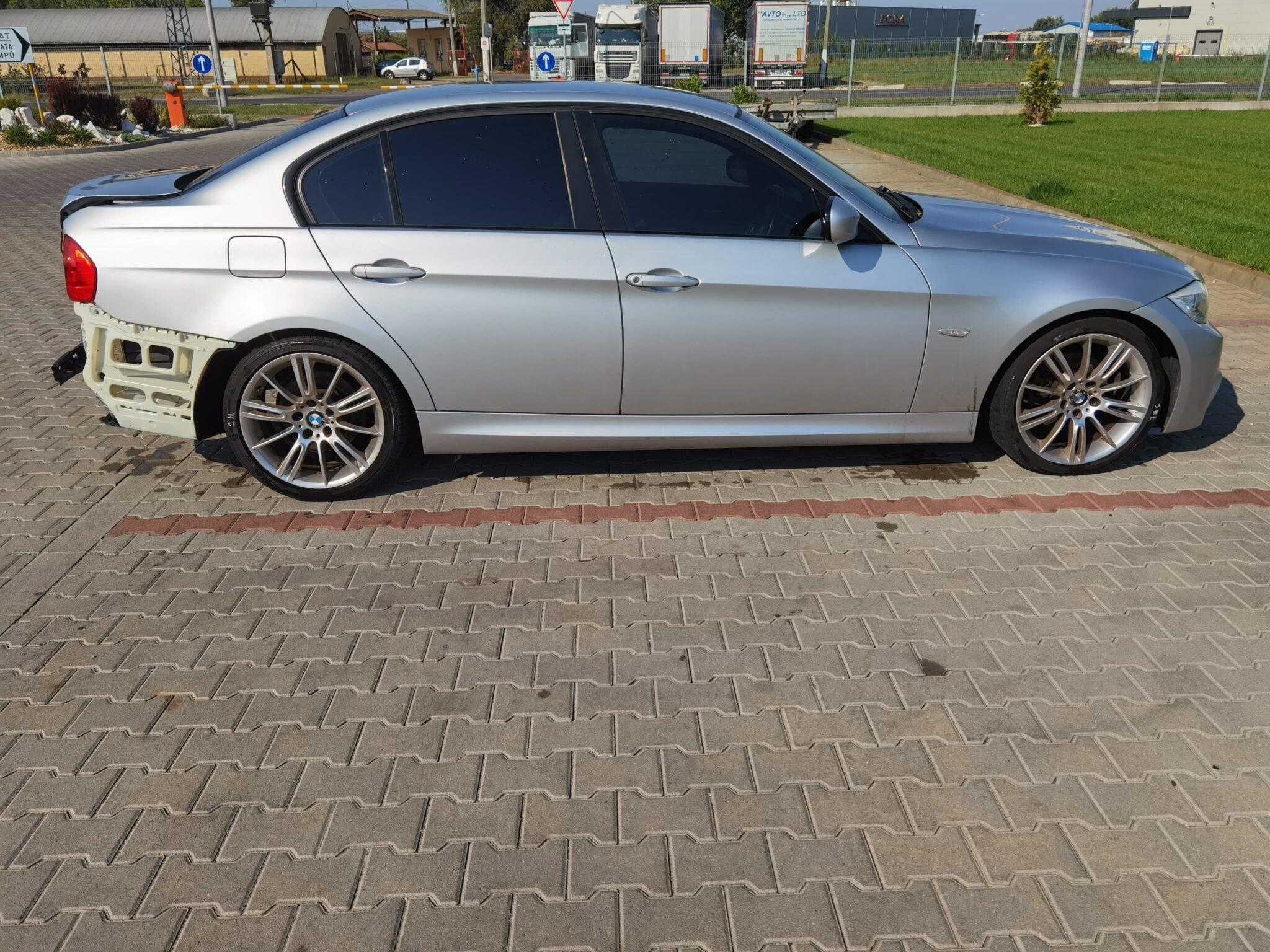 BMW E90 lci 318d Carbon Car Center Békéscsaba-9