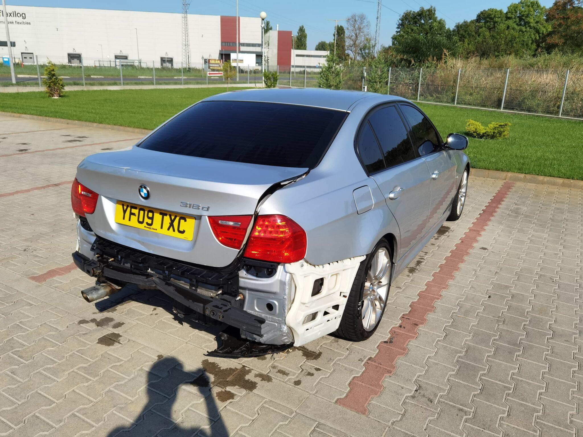 BMW E90 lci 318d Carbon Car Center Békéscsaba-7