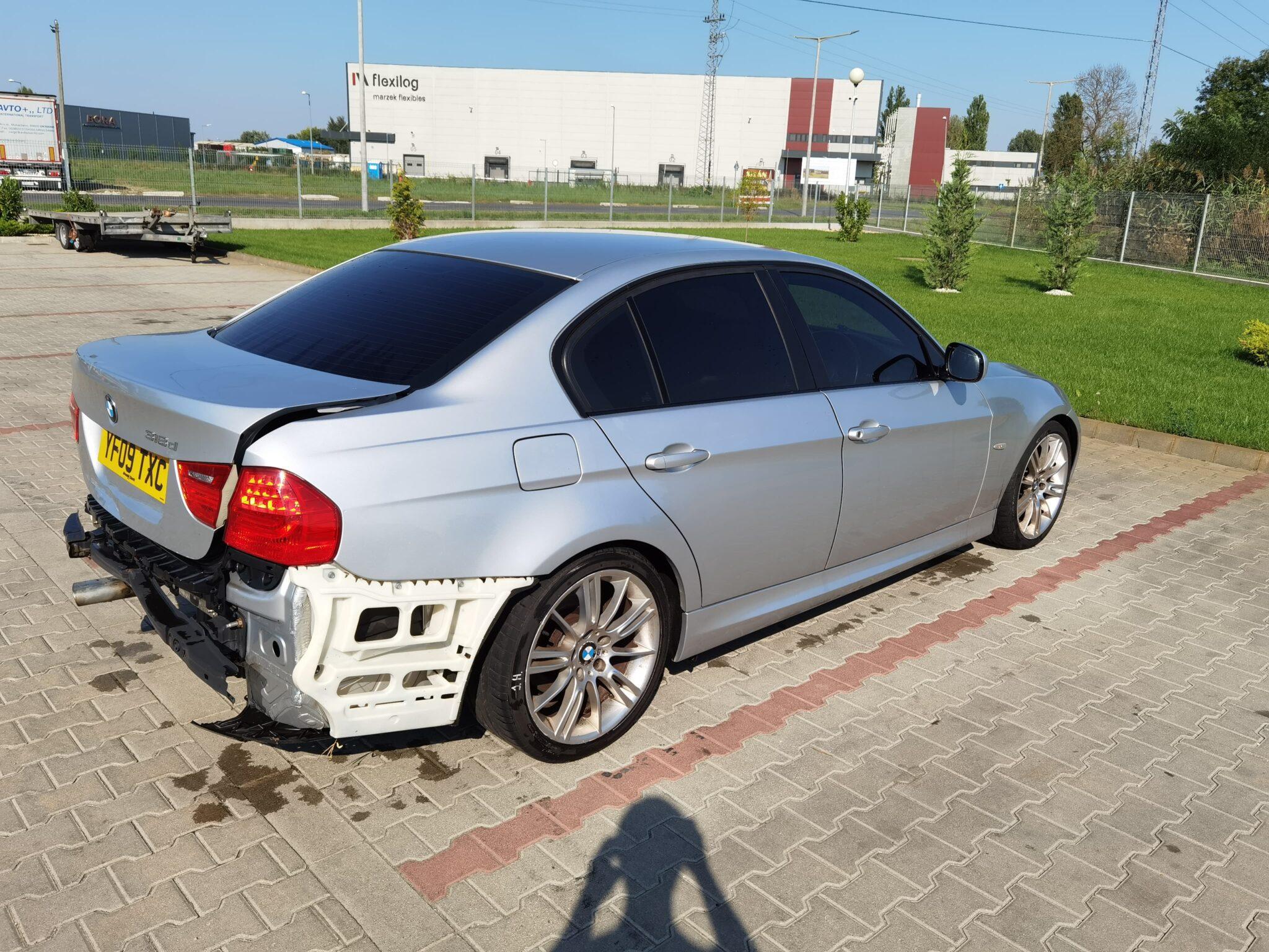 BMW E90 lci 318d Carbon Car Center Békéscsaba-8